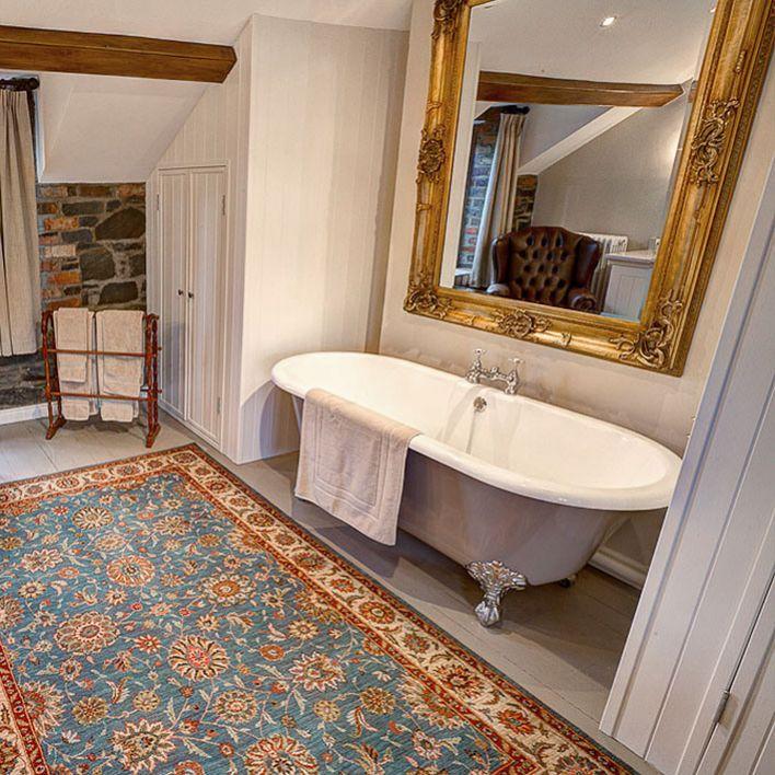 Rose Cottage Bathroom 1 1